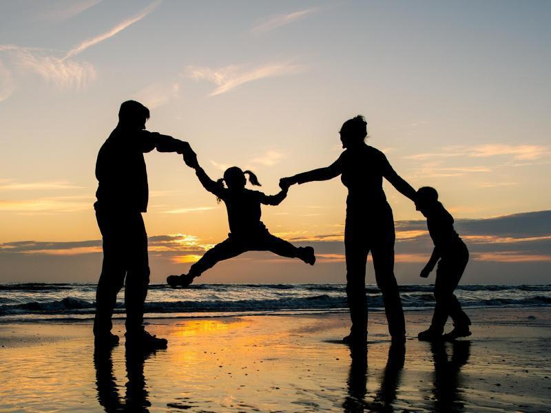 Bild zu Versicherungsschutz für Unverheiratete