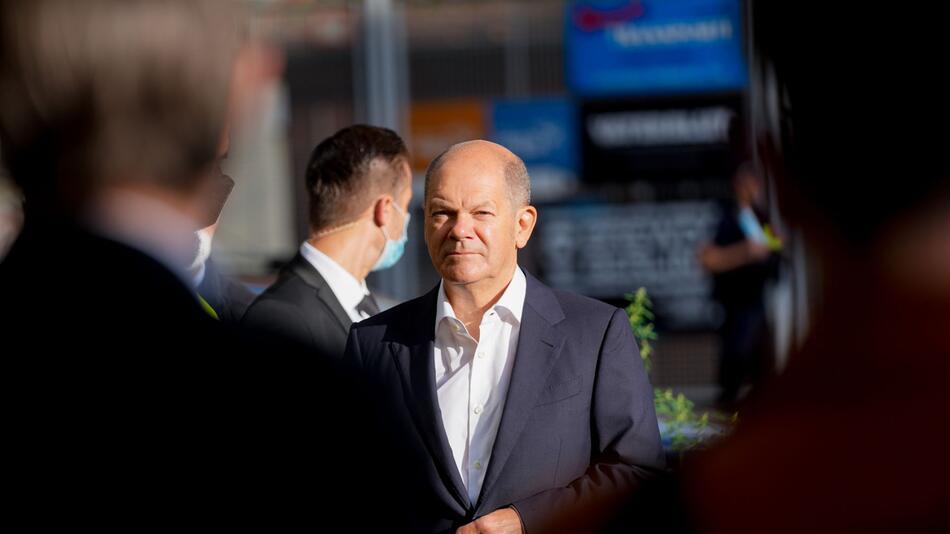 Wahlkampf - SPD-Kanzlerkandidat Scholz bei Verdi-Aktionstag