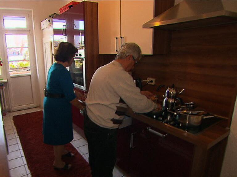 Bild zu Ungewöhnlicher Vorschlag: Rentner ziehen für Familien aus