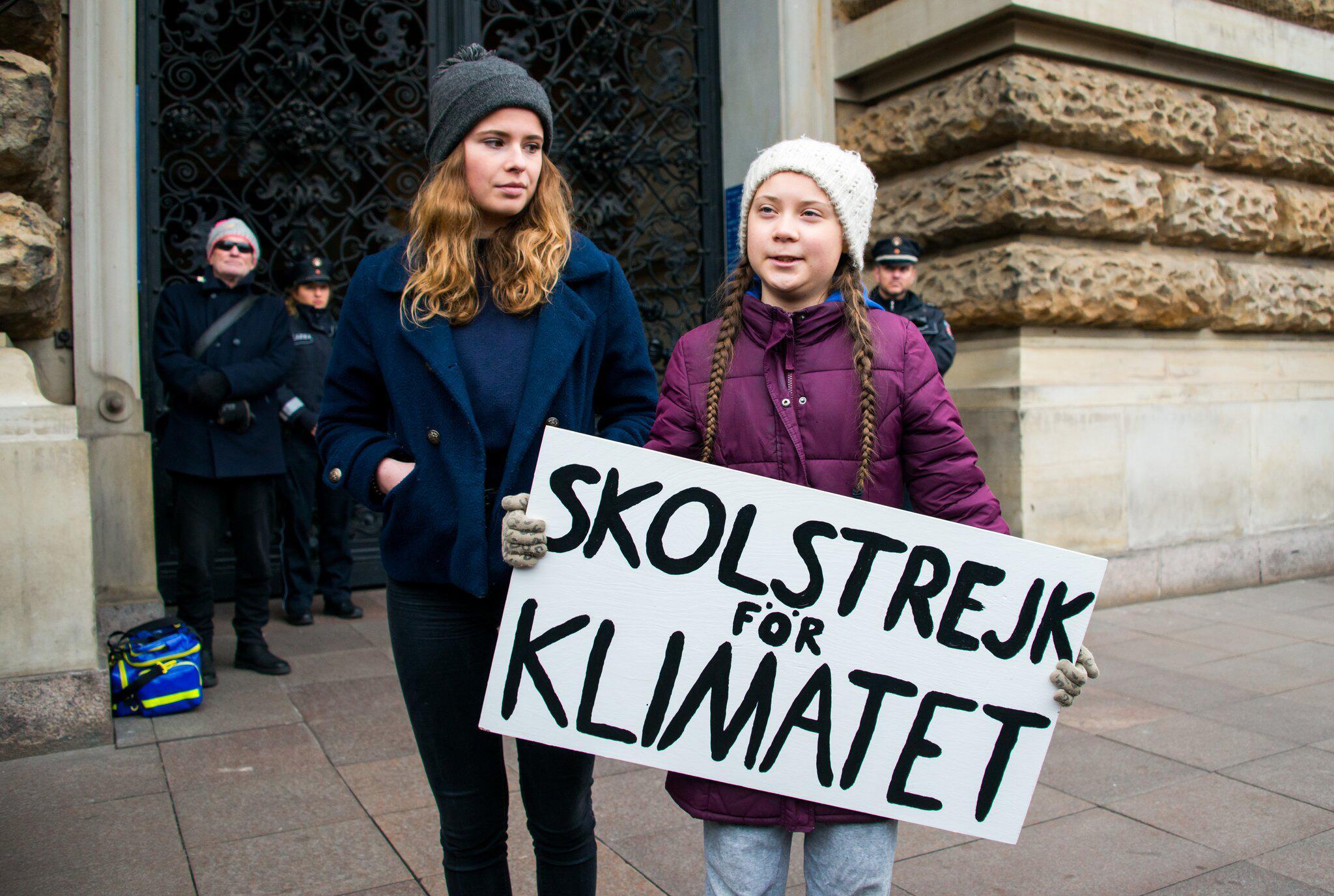 Bild zu Klimaaktivistin Greta Thunberg in Hamburg