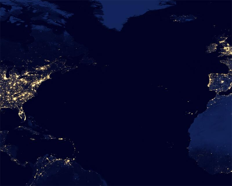 Bild zu Über dem Atlantik