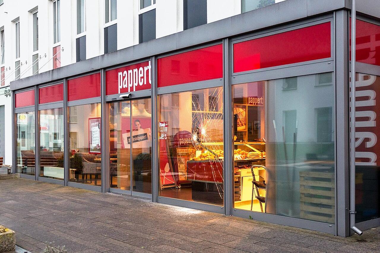 Bild zu Angriff vor Bäckerei in Fulda