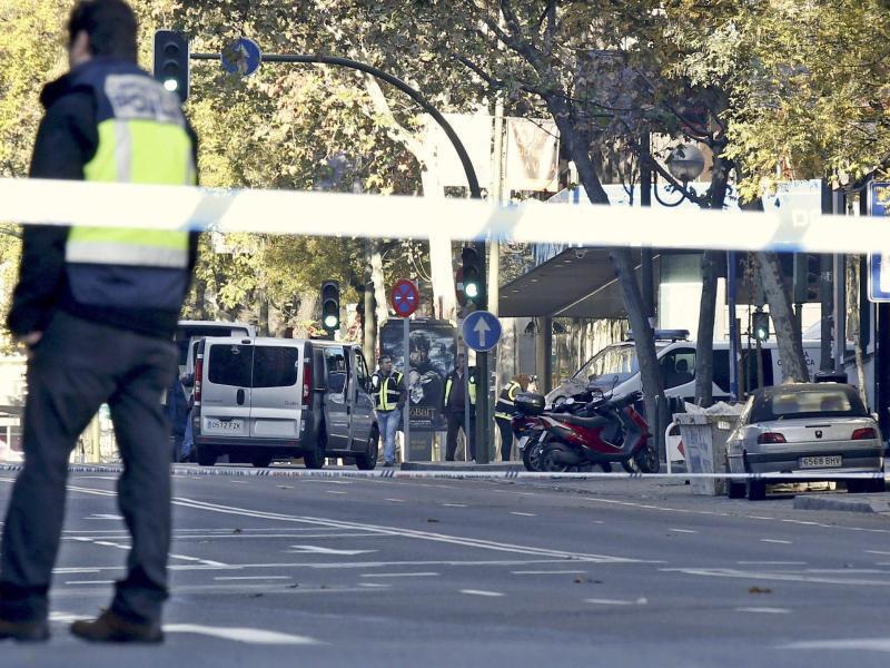 Bild zu Anschlag auf Rajoys Parteizentrale