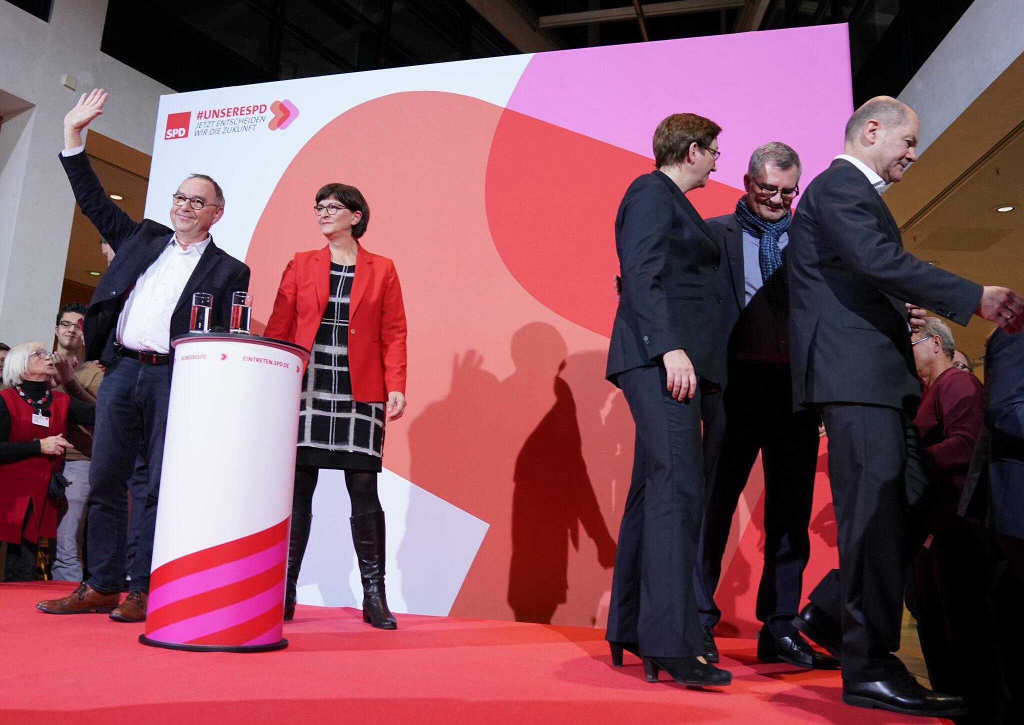 Bild zu Bekanntgabe Ergebnis der Abstimmung zum SPD-Vorsitz