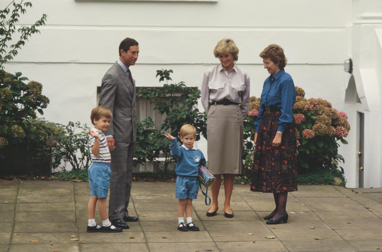 Bild zu Prinz Charles, Prinzessin Diana, Prinz William, Prinz Harry