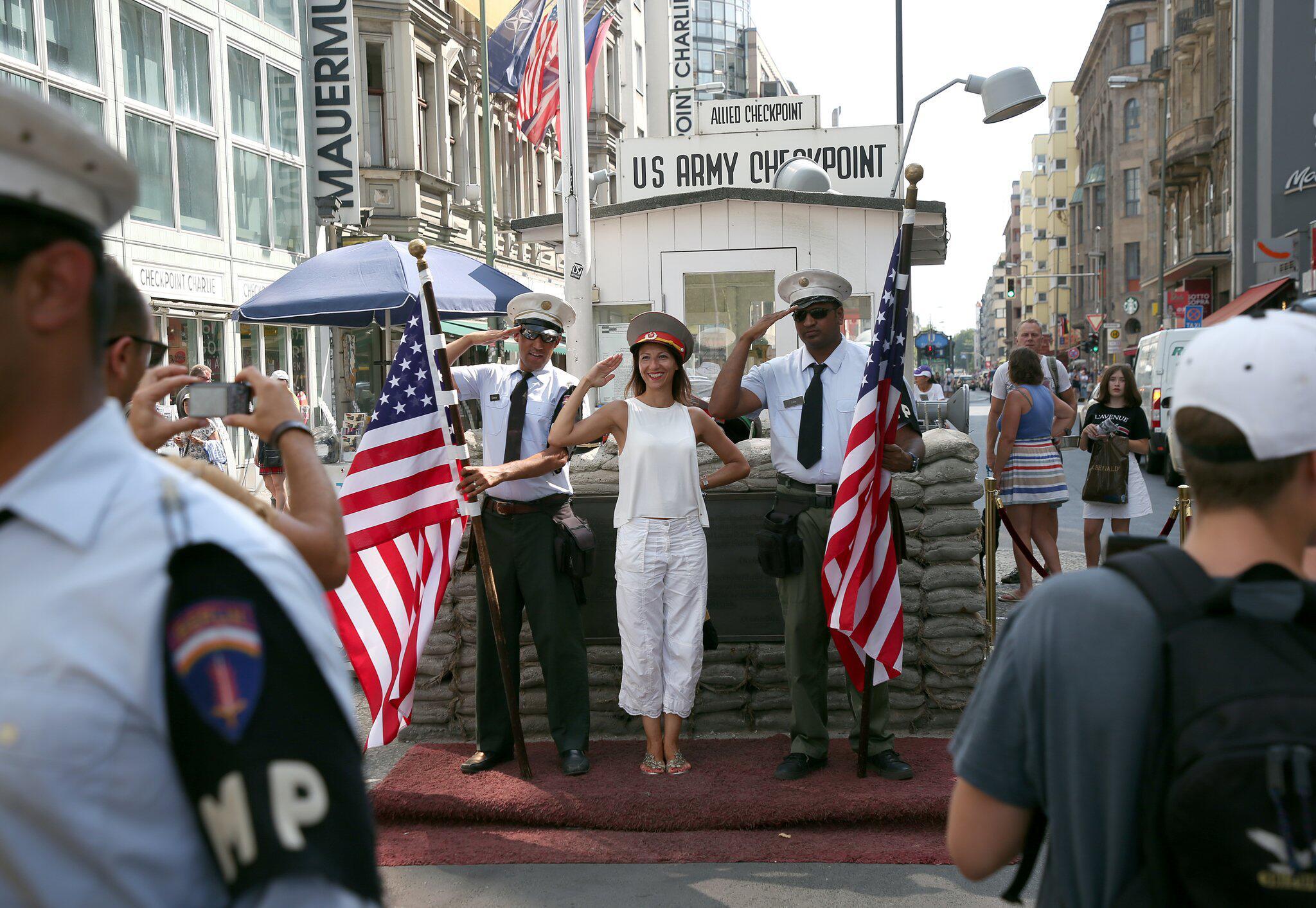 Bild zu Checkpoint Charlie