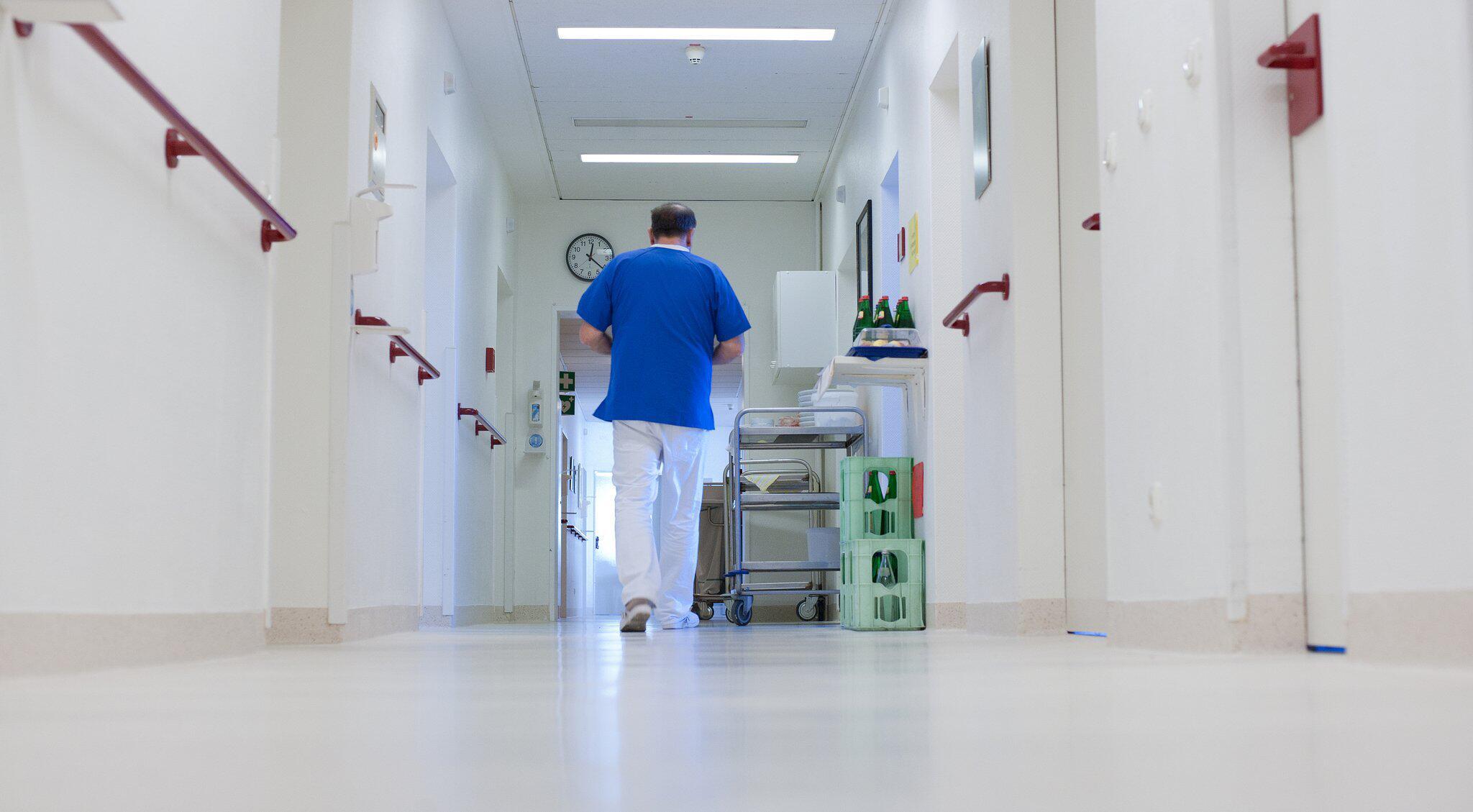Bild zu Personalnot in Kliniken