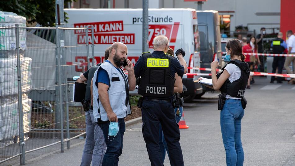 Schüsse auf Baumarkt-Parkplatz in Berlin-Wedding