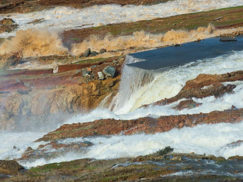 Bild zu Oroville-Staudamm