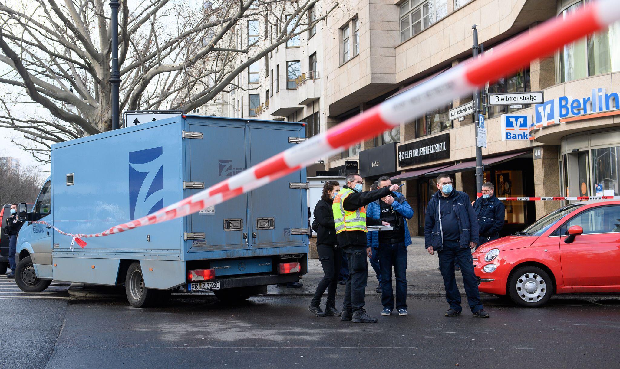 Bild zu Überfall auf Geldtransporter in Berlin