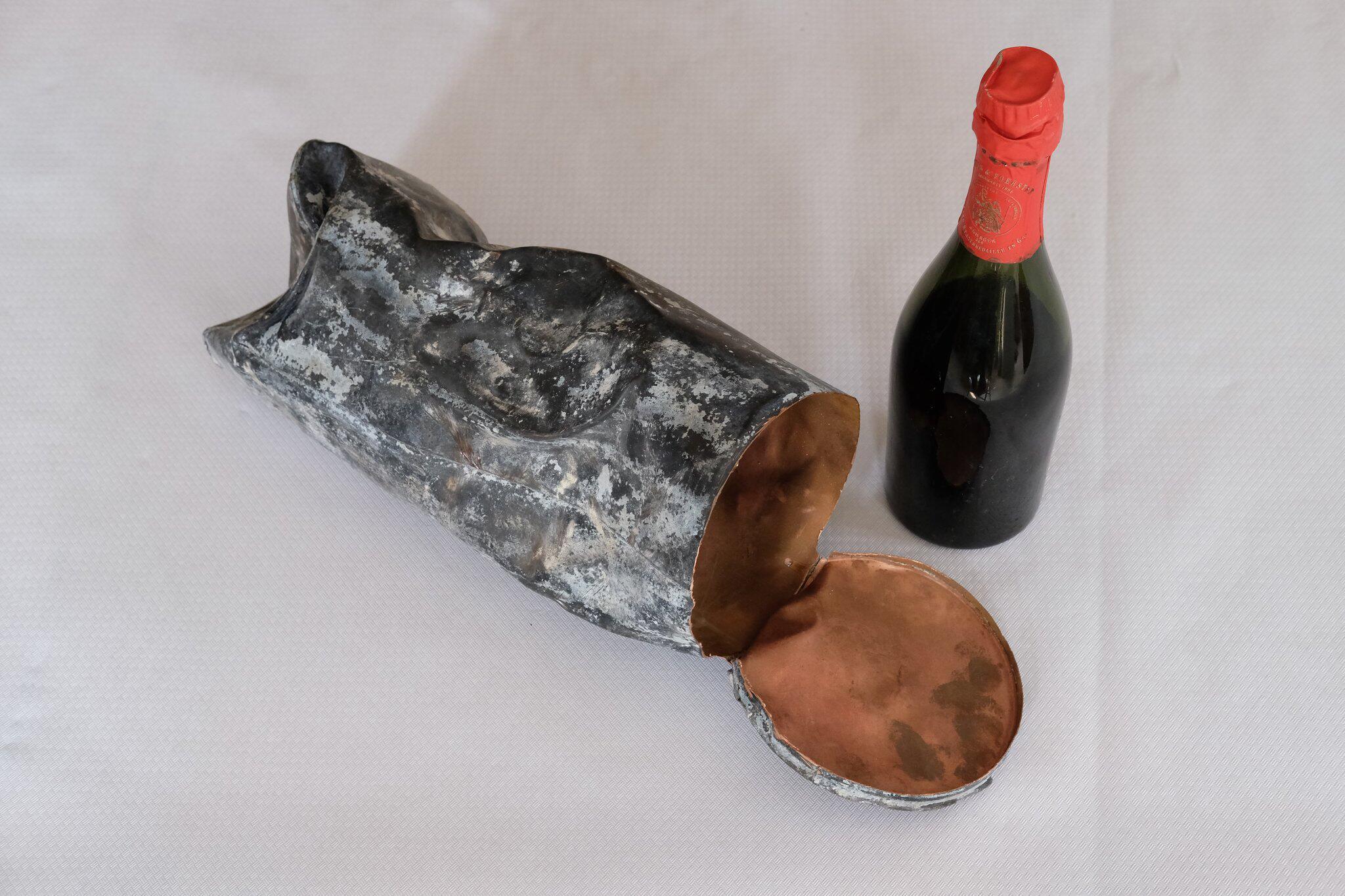 Bild zu Älteste Sektflasche der Rotkäppchen-Sektkellerei
