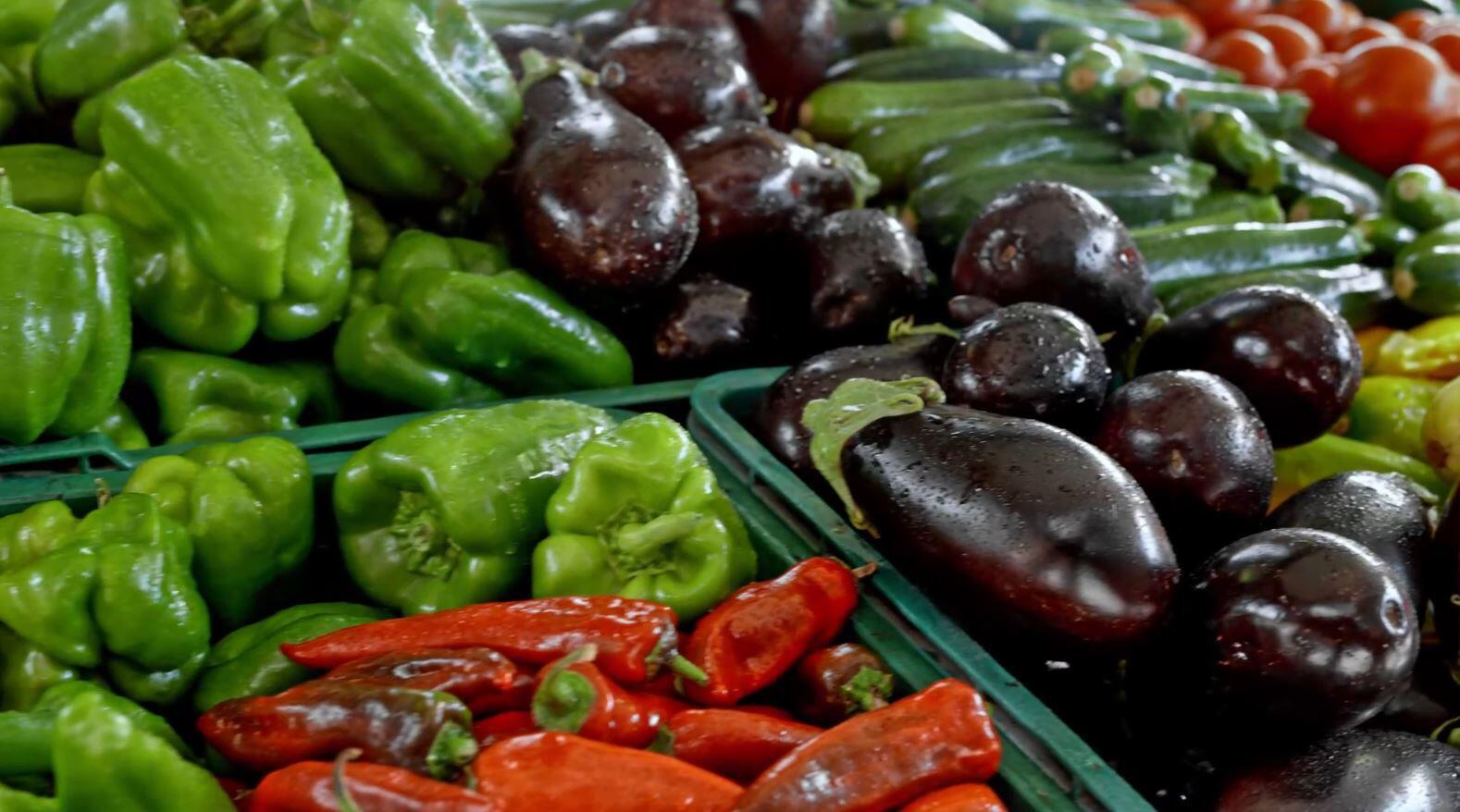 Bild zu Obst, Gemüse, Ernte, Erntehelfer, Coronavirus