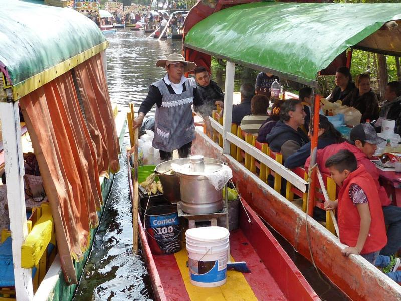 Bild zu Imbiss-Boot