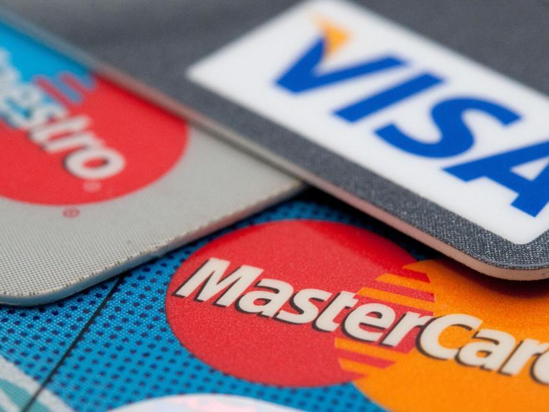 Bild zu Kredit- und Girokarten