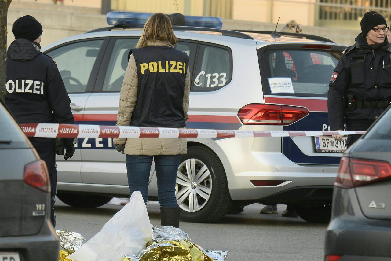 Bild zu 32-Jährige in Niederösterreich erstochen