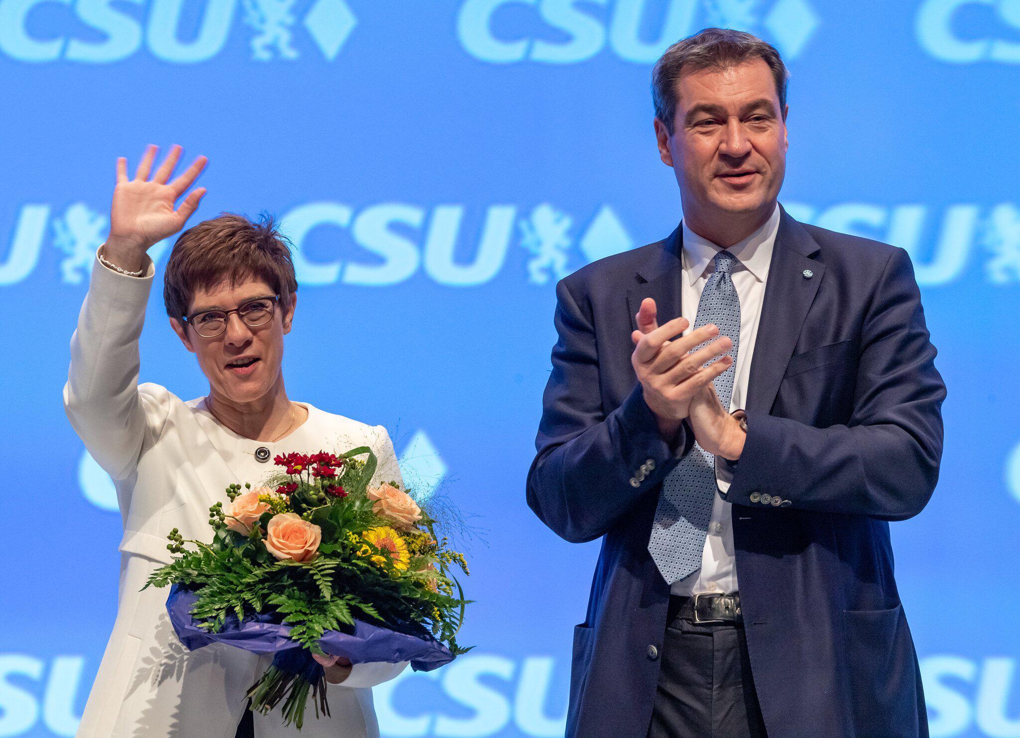 Bild zu CSU-Chef Markus Söder und CDU-Chefin Annegret Kramp-Karrenbauer