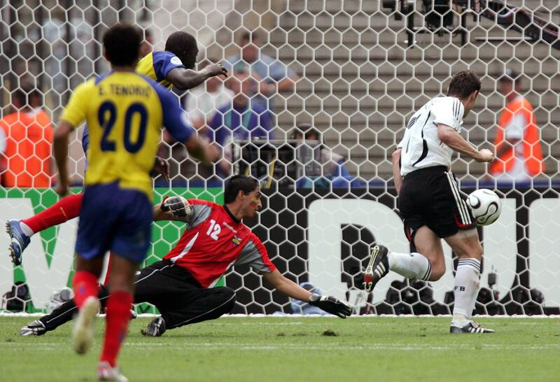 Bild zu WM 2006: Klose trifft gegen Ecuador