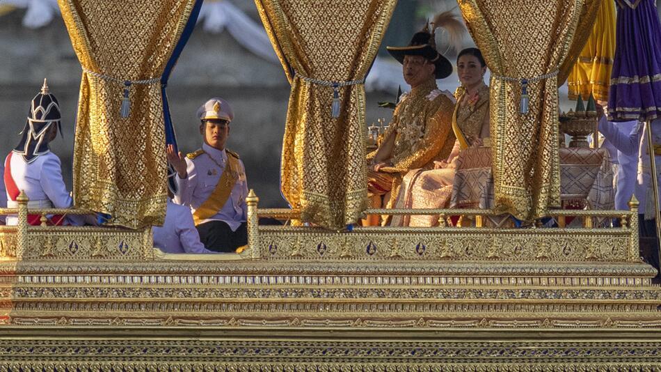 Feierlichkeiten zur Krönung in Thailand