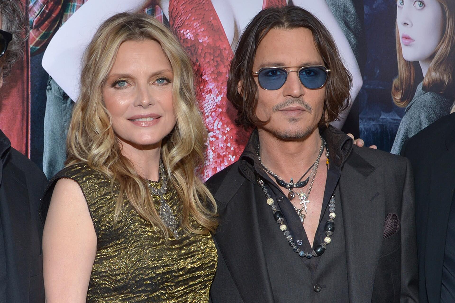 Bild zu Michelle Pfeiffer, Johnny Depp, Mord im Orient Express, 2017