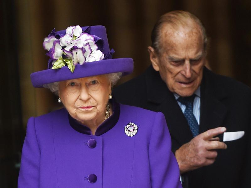 Bild zu Queen und Prinz Philip