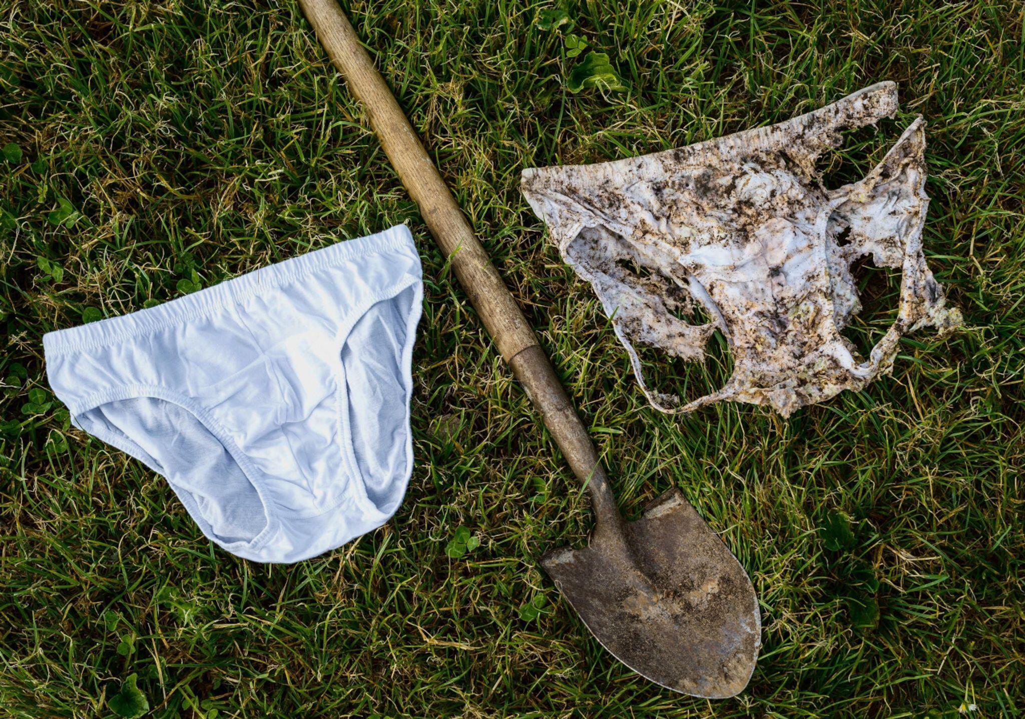 Bild zu Schweizer vergraben 2000 Unterhosen