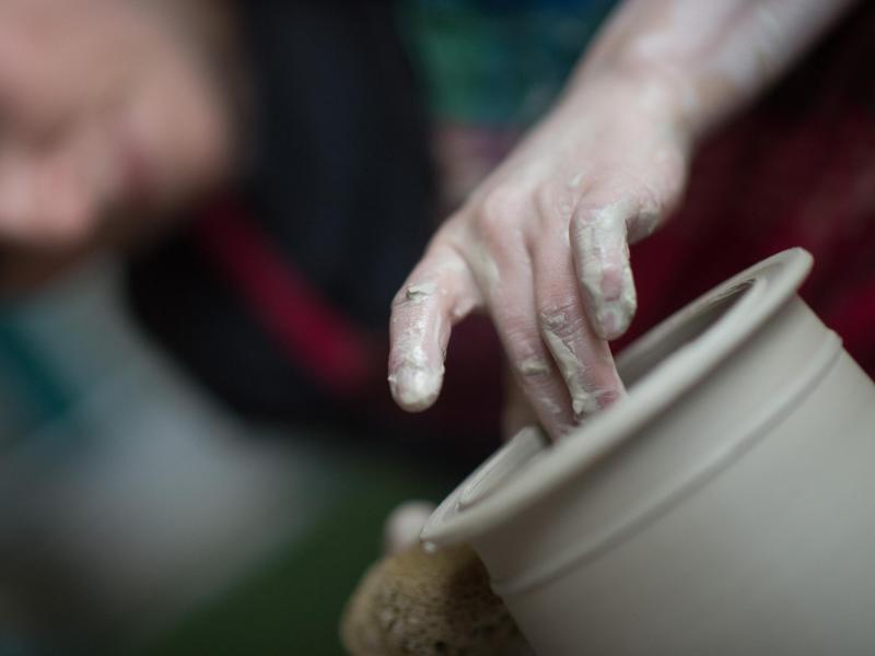 Bild zu Keramiker müssen kreativ sein