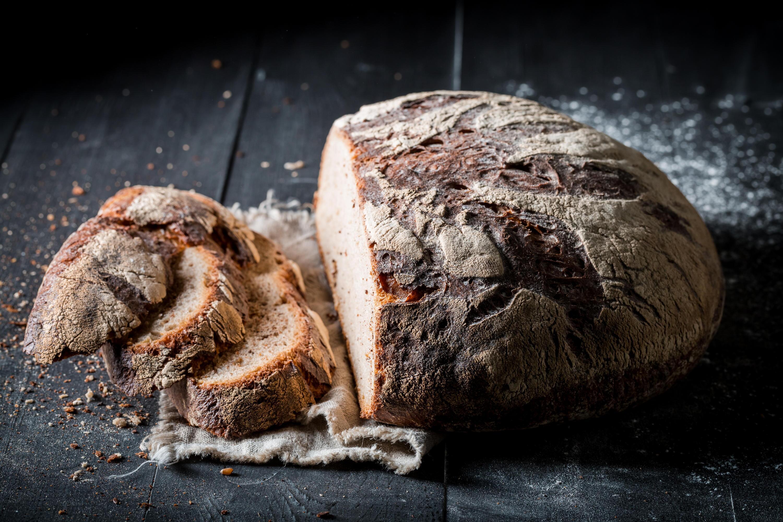 Verschimmeltes Brot Gegessen Kind