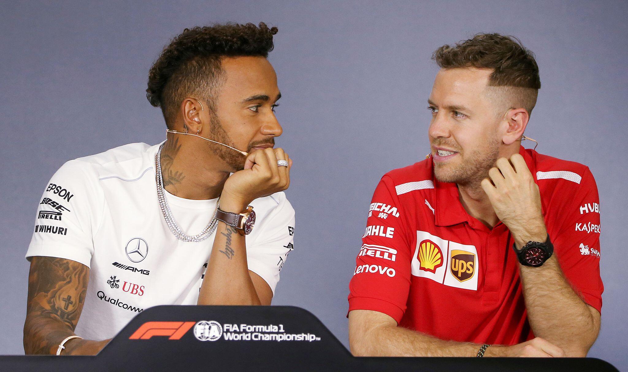 Bild zu Mercedes flirtet weiter mit Vettel