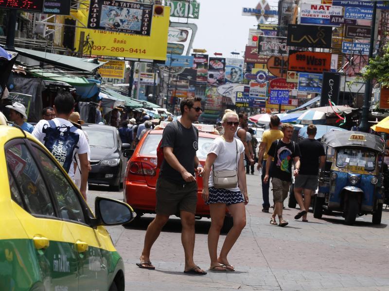 Bild zu Einkaufsstraße in Bangkok