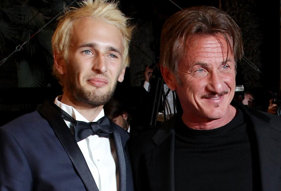 Bild zu Sean Penn und Hopper Penn 2016 in Cannes