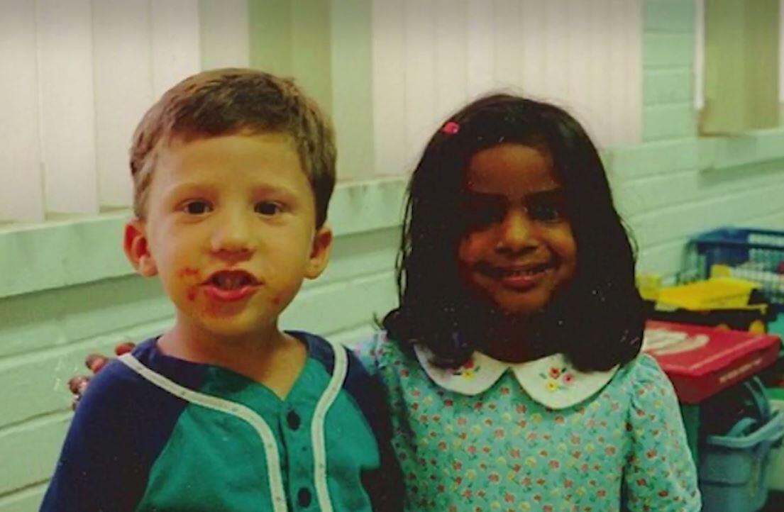 Bild zu Dieser Junge gab seiner Kindergartenfreundin ein Versprechen - Jahre später lös