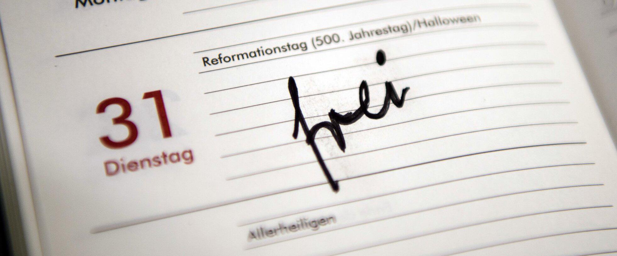 Bild zu Umfrage: Reformationstag künftig bundesweit ein Feiertag