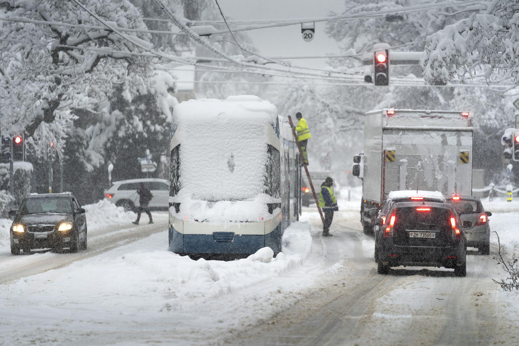 Bild zu Schnee in der Schweiz