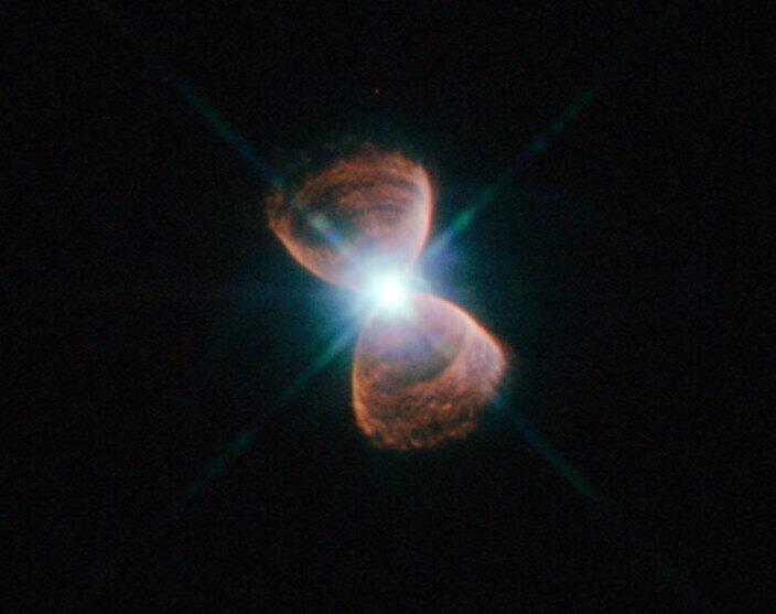 Bild zu PN Hb 12 ist eine galaktische Sanduhr
