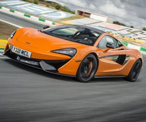 Eine Frage der Dynamik: Diese Sportwagen trumpfen mit ihrem Leistungsgewicht auf