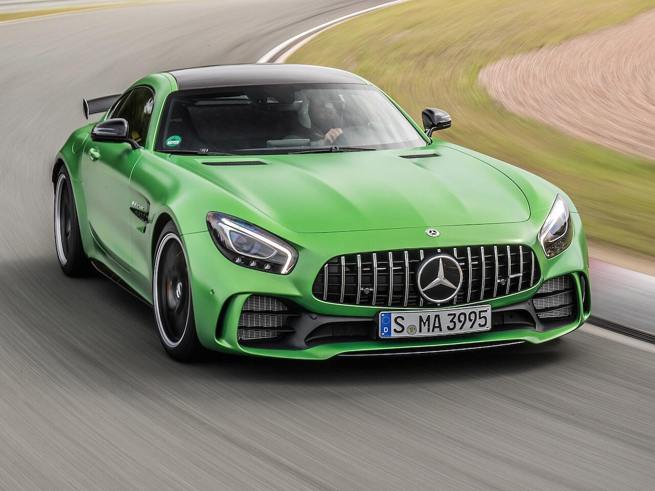 Bild zu Mercedes-AMG GT-R