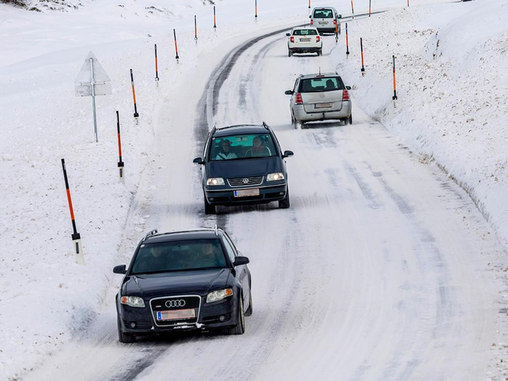 Bild zu Verkehr im Winter