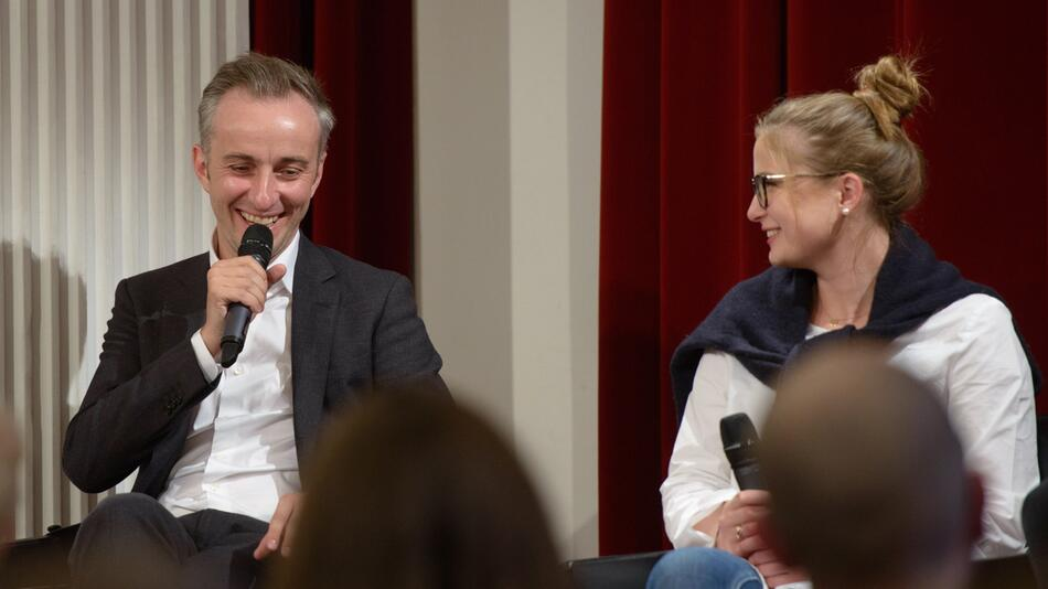 Böhmermann diskutiert - «Wie engagiert ihr euch?»