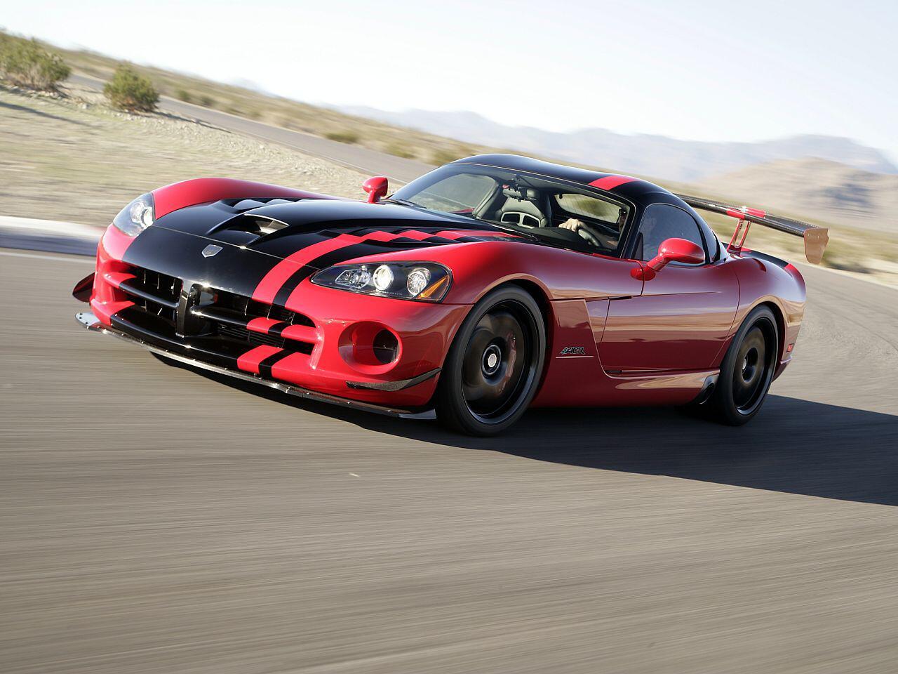 Bild zu Dodge Viper SRT