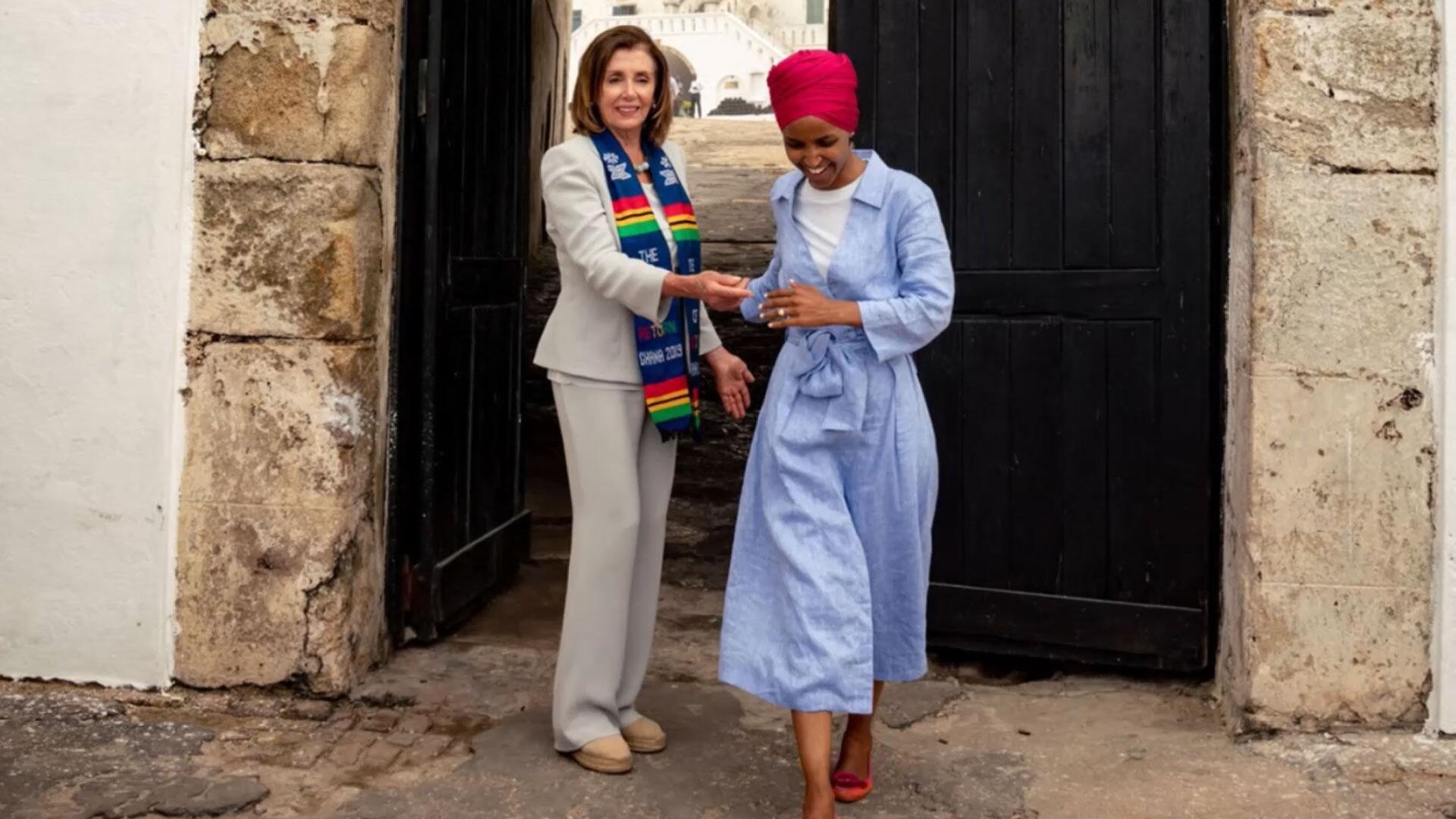 Bild zu Nancy Pelosi, Ilhan Omar, Demokraten, USA, Reise, Afrika, Twitter
