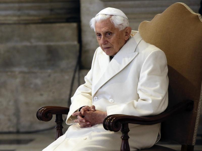Bild zu Ehemaliger Papst Benedikt