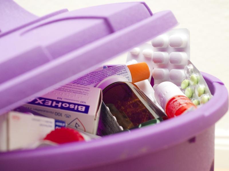 Bild zu Medikamente im Hausmüll