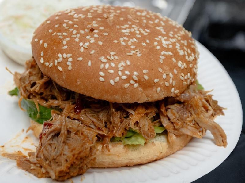 Bild zu Pulled Pork Burger