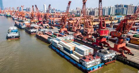 Containerterminal von Guangzhou