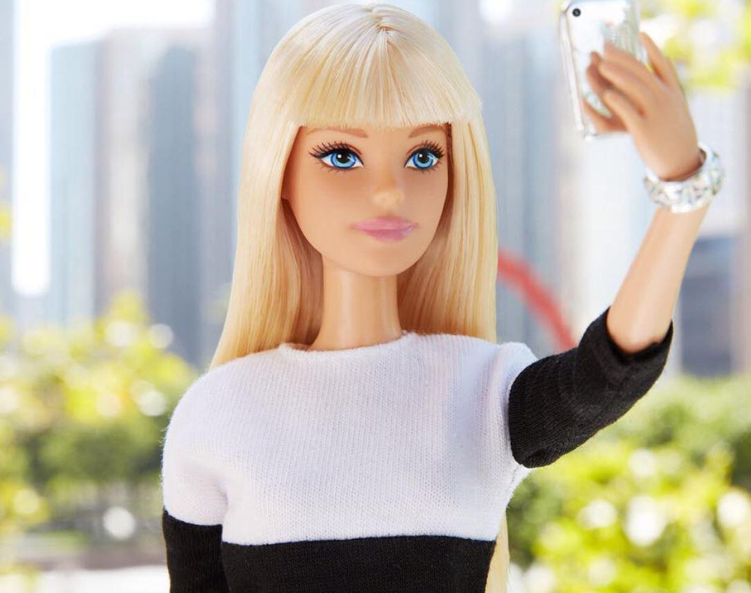 Bild zu Barbie, Instagram