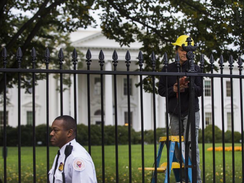 Bild zu Zaun am Weißen Haus