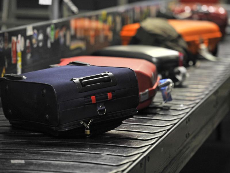Bild zu Gepäck auf einem Fließband