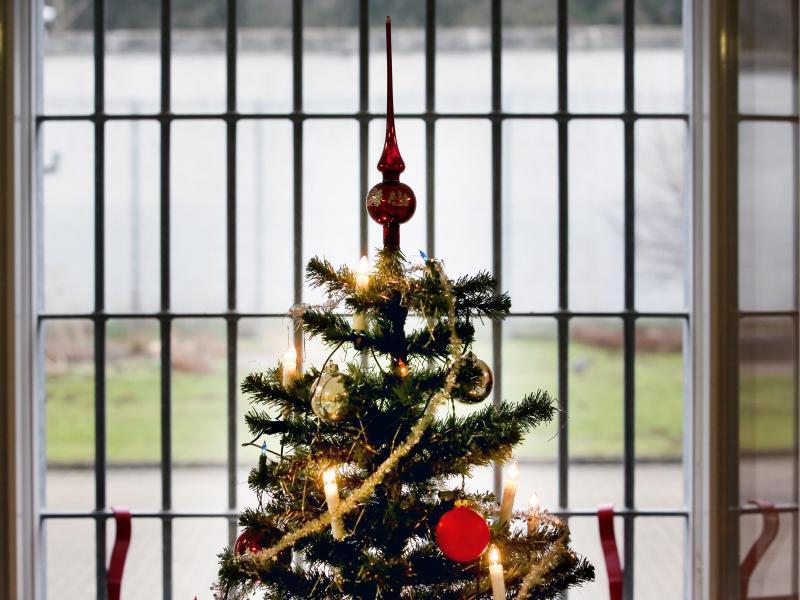 Bild zu Weihnachten hinter Gittern