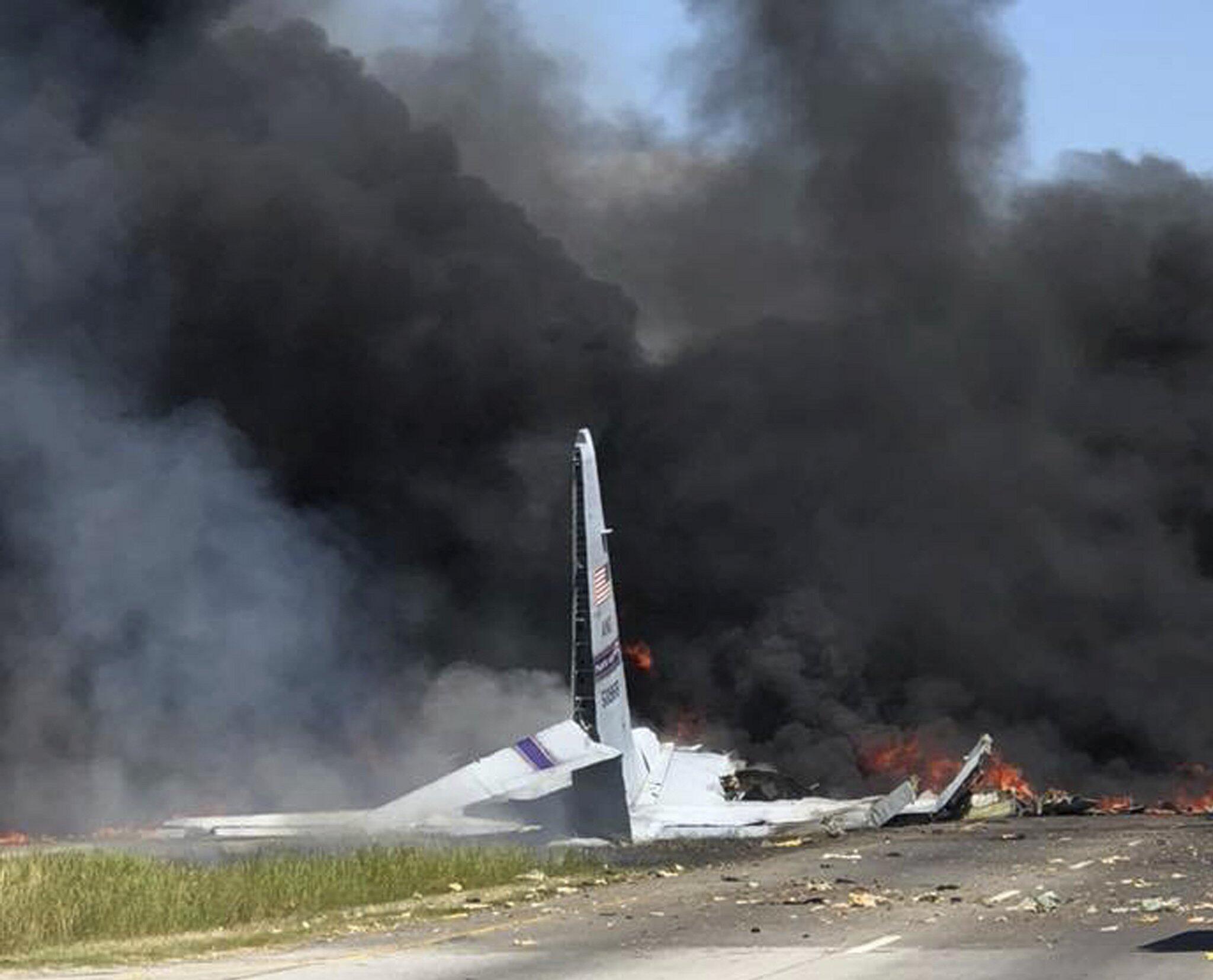 Bild zu US-Militärflugzeug, Georgia, Absturz