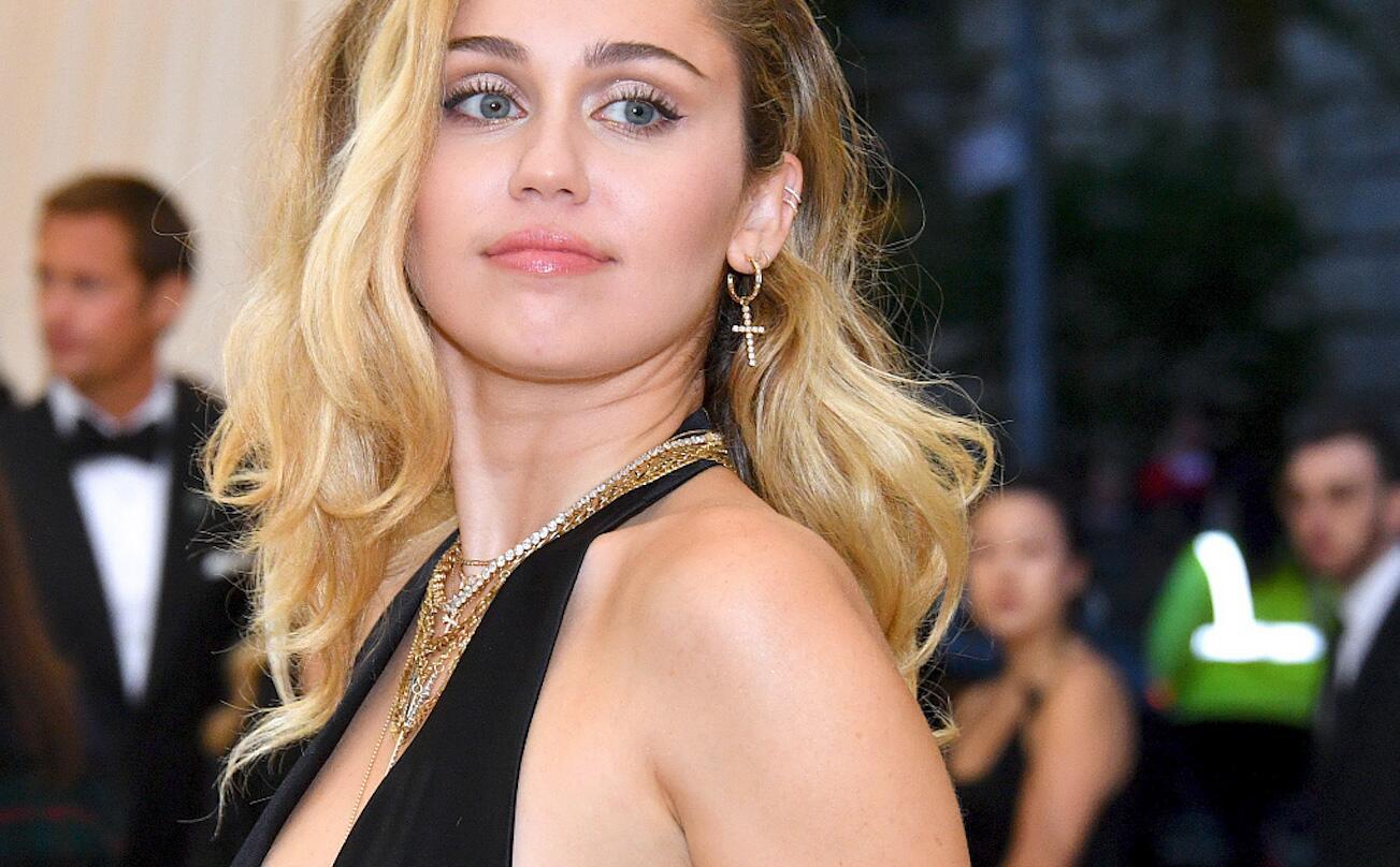 Bild zu Miley Cyrus, Cody Simpson